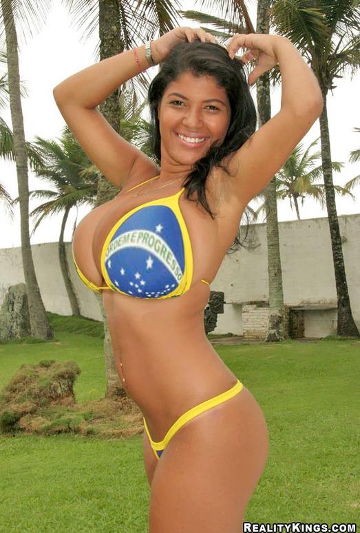 Lorina - Big In Brazil - Extreme Naturals