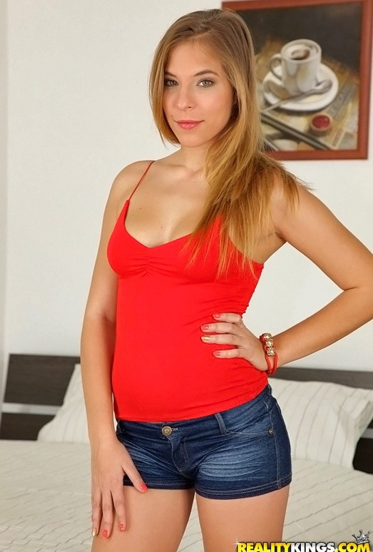 Candy Belle - Fresh And Juicy - Mike's Apartment