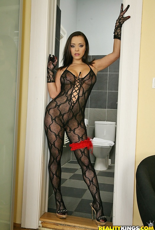 Liza Del Sierra - French Kiss - Mike's Apartment