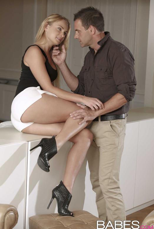 Come In My Back Door - Ivana Sugar And Viktor Solo
