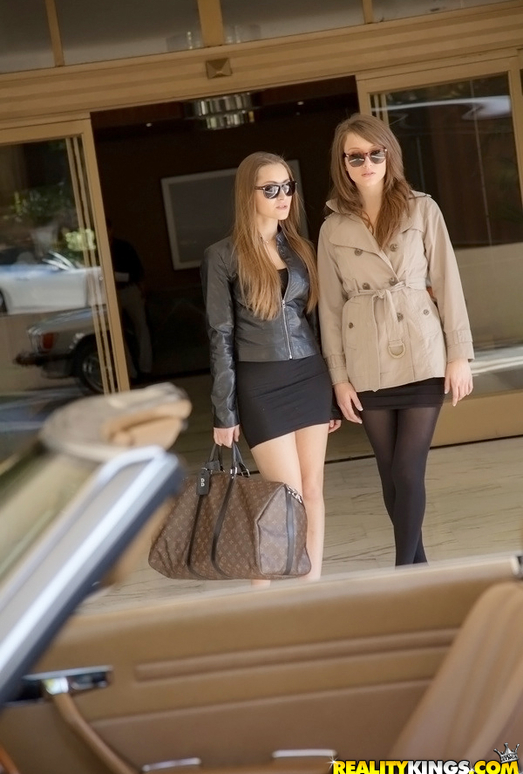 Dani Daniels, Malena Morgan - Sexy Strut - We Live Together