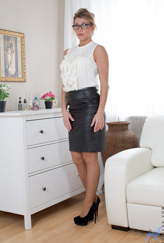 Rita - Sexy Lady - Anilos