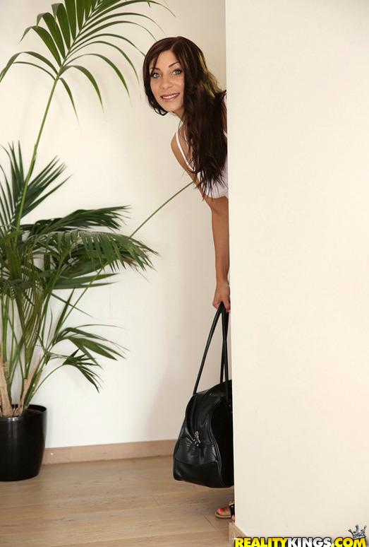 Rachel Evans - Cum For Me - Mike's Apartment