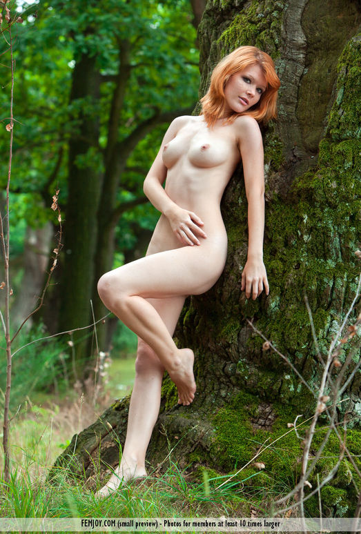 Red Beauty - Mia S. - Femjoy