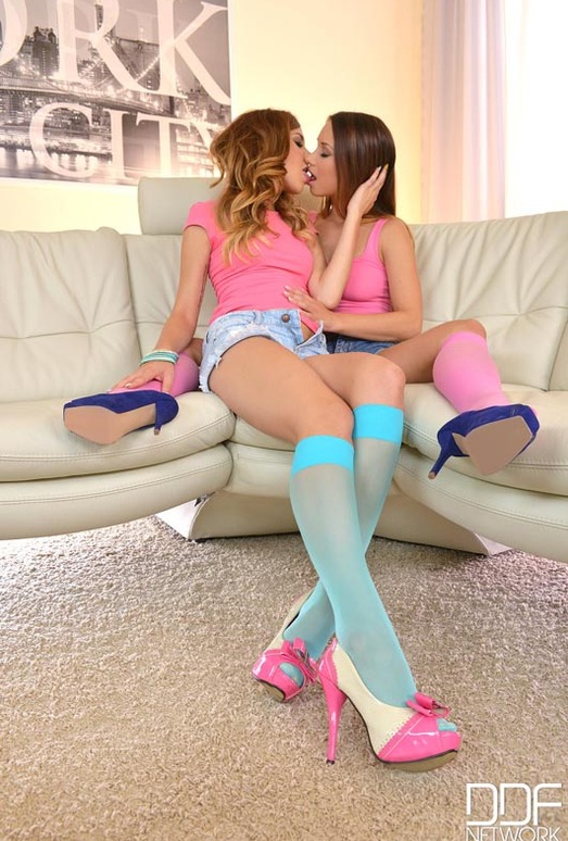 Candy Sweet & Taylor Sands