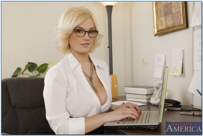 Siri - Naughty Office