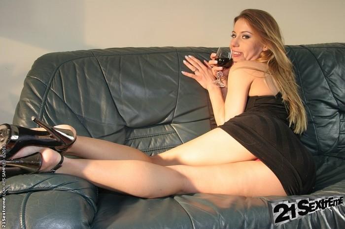 Nikky Thorne - 21Sextreme