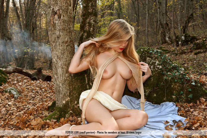 Autumn - April E. - Femjoy