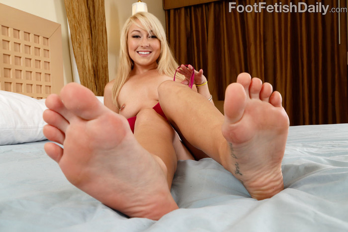 Valerie White - Foot Fetish Daily