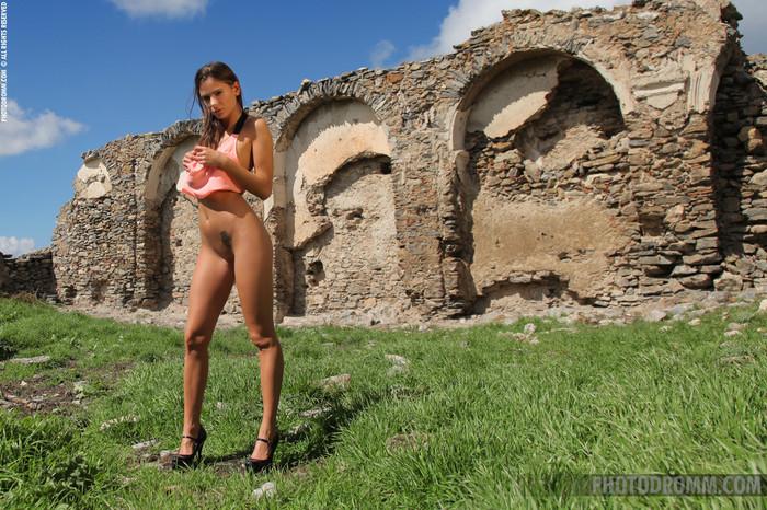 Juliette - Lost Castle - PhotoDromm