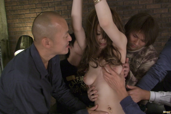 Yuu Hinouchi gets fucked by two guys