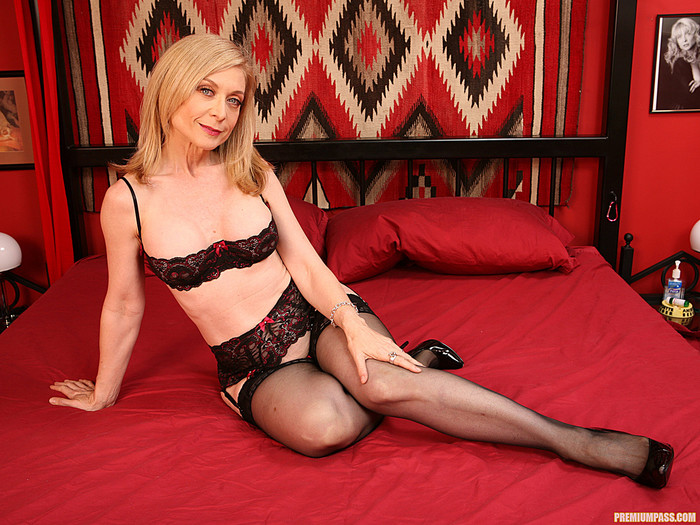 Nina Hartley Loves it Hard... Including the Toys