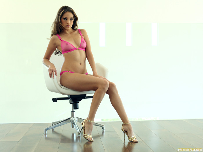 Jenna Haze - Too Horny to Take a Break