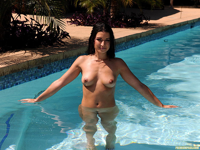 Ann Marie Rios - Time for More Outdoor Nudity