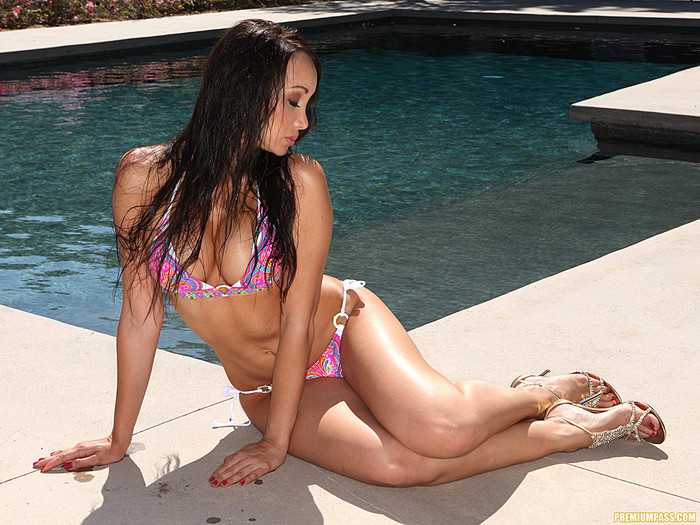 Katsuni Seducing Solo Outdoors by the Pool