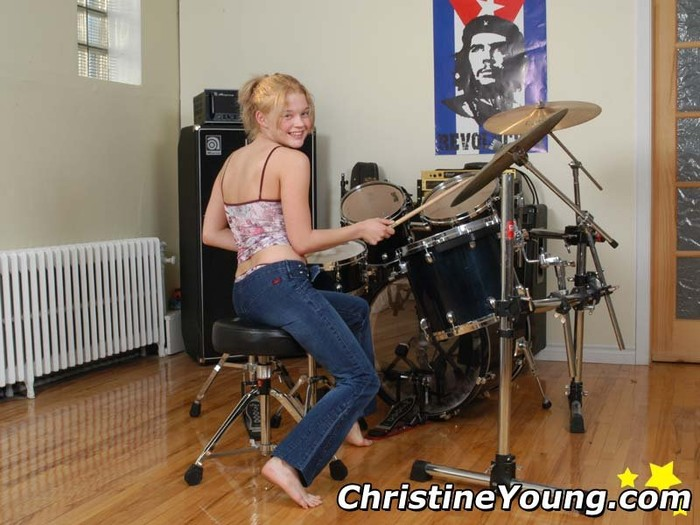 Christine Plays With Her Dildo