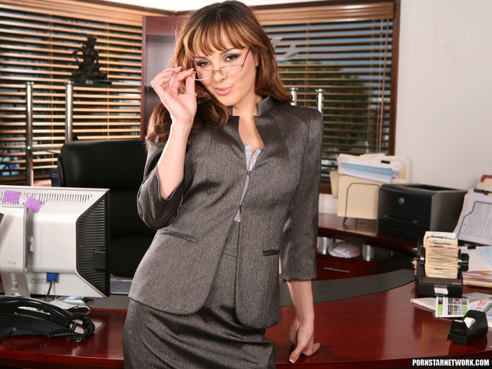 Cytherea and Lylith Lavey Put Their Stamp on Office Sex