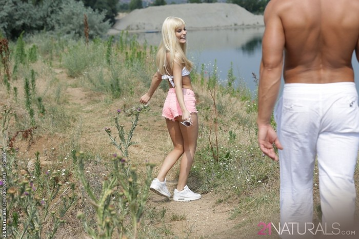 Candee Licious - Love Nest - 21Naturals