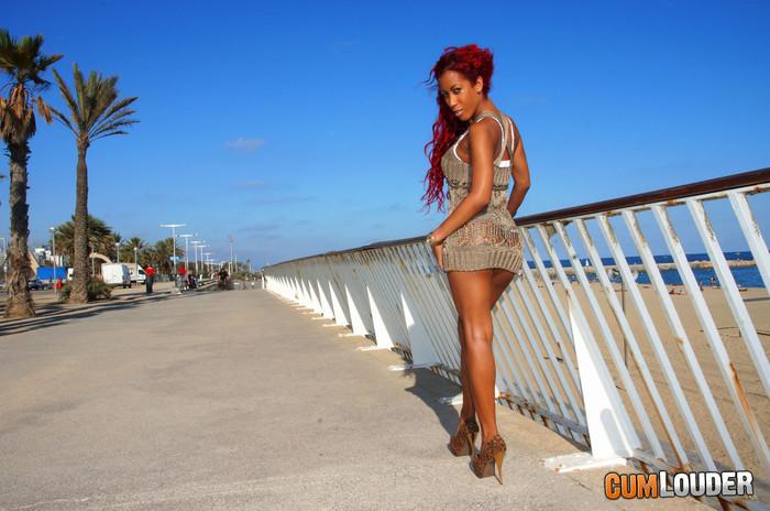 Afra Red - Cuban surprise