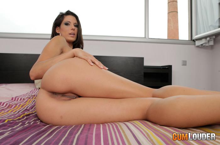 Alexa Tomas - Try my cock on!