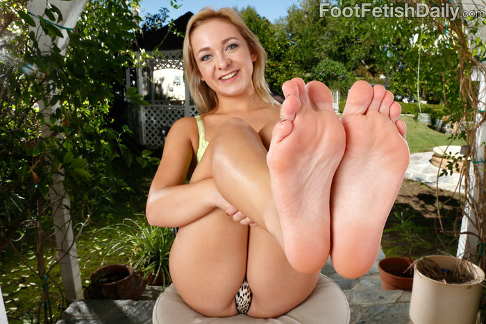 Cleo Vixen Wraps Her Sexy Feet Around a Hard Cock