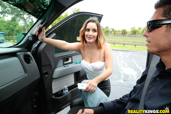 Mia Scarlett - Tight Work - 8th Street Latinas