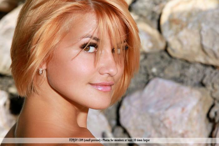 Luscious - Dina P. - Femjoy