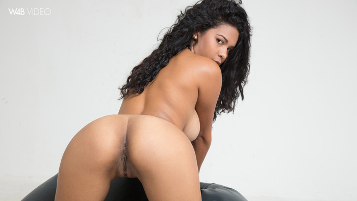 Kendra Roll - curly chocolatina with nice natural tits