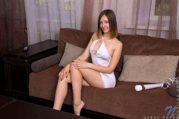 Alexa Rush - date night skimpy dress
