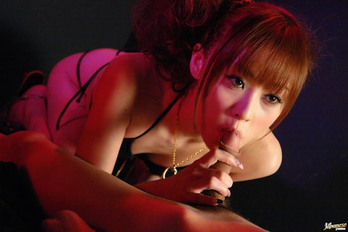 Miina Yoshihara Japanese model like sucking her guy's cock