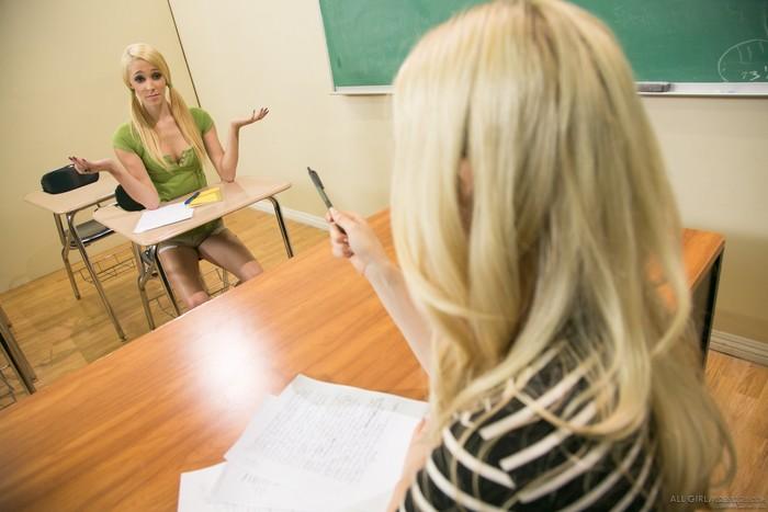 Lola Hunter, Charlotte Stokely - Teacher Vs Student: Part 2