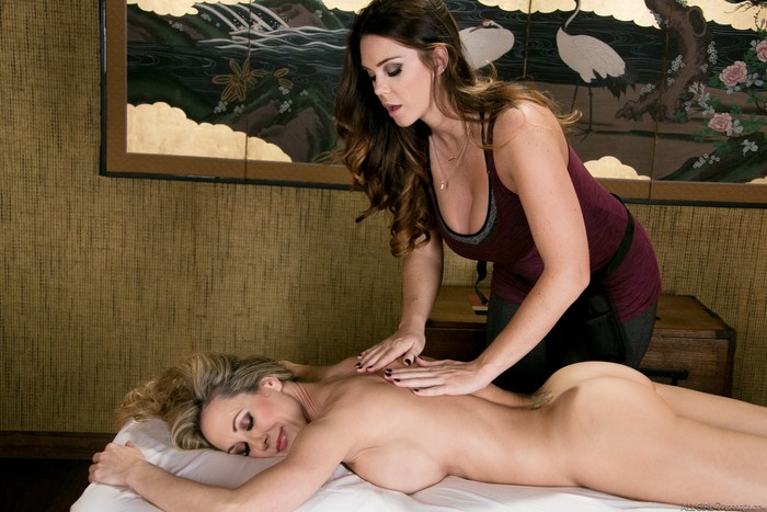 Brandi Love, Alison Tyler - Meditation Massage
