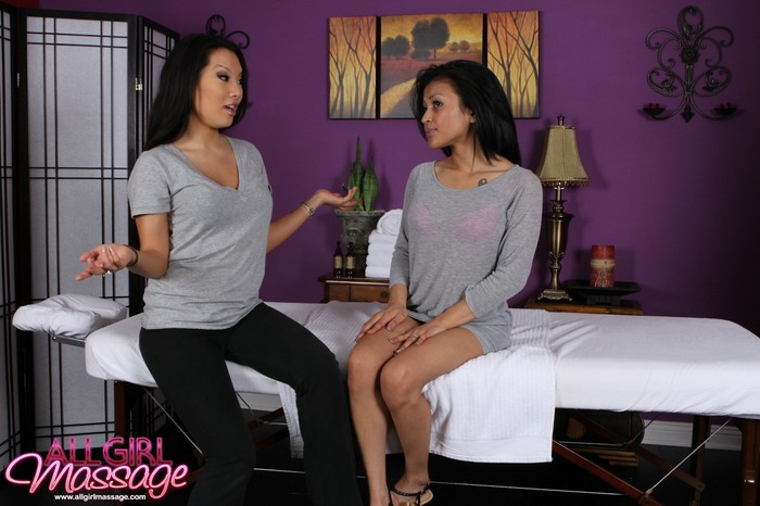 Sydnee Taylor, Asa Akira - A New Job Offer