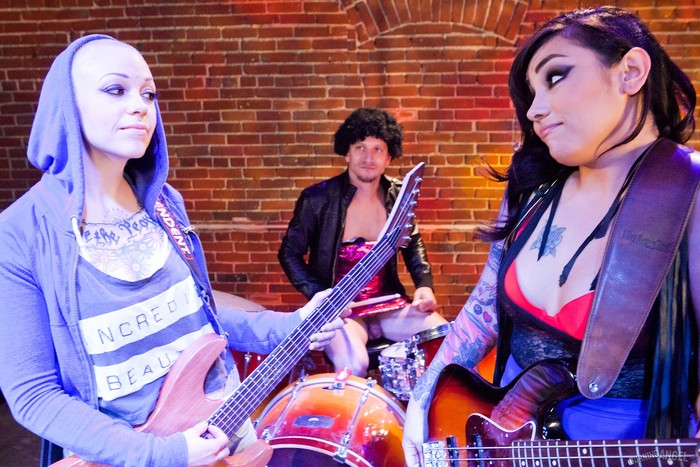 Sparky Sin Claire, Akira Raine - Band Tryouts!