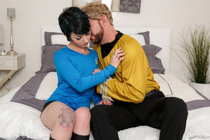 Rachel Ravaged - Trekkie Love