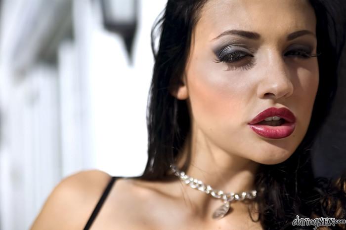 Adriana Russo, Doris Alien - La Femme Lovers #01