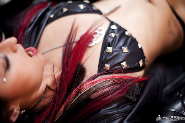 Cherry Stone - Fashion - Daring Sex