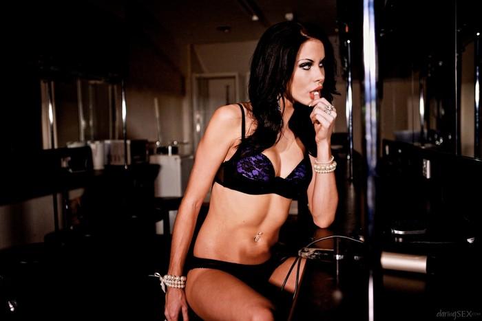 Megan Coxxx - The Velvet Lounge