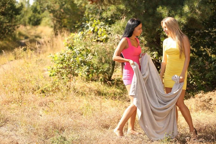 Ines Rozehnalova, Bailey Ryder - First Summer Love