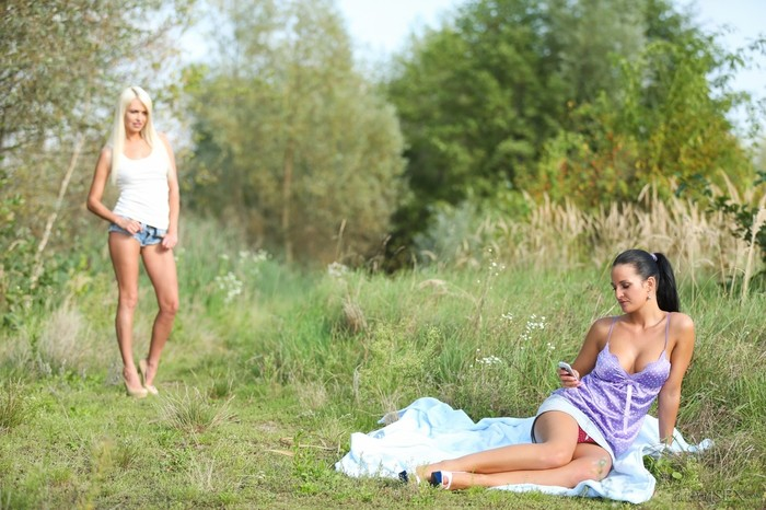 Jese Jazz, Nicole Vice - A Touch Of Nature