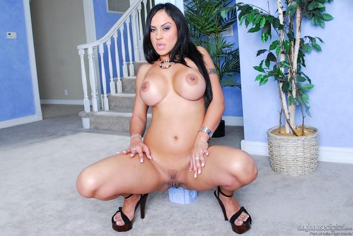 Mariah Milano - Pornstar POV