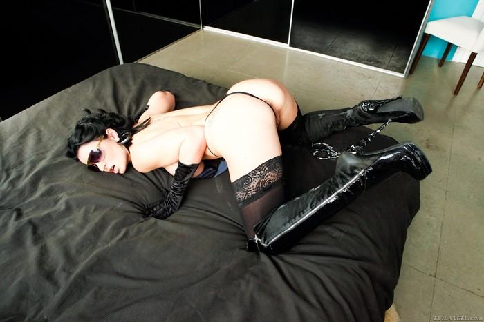 Marta Sanz, Amanda X - Big Dick Brother #02