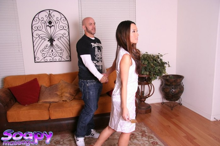 Miko Sinz - The Perfect Gift - Fantasy Massage