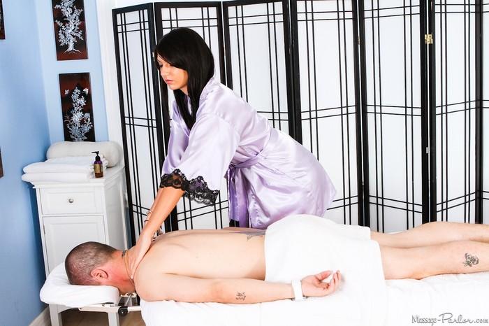 Cassandra Nix, Jessy James - Magic Massage - Fantasy Massage