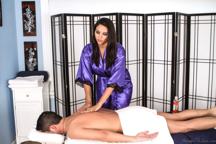Missy Martinez - Massage Anonymous - Fantasy Massage