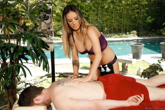 Nadia Styles - Looking For My Dog - Fantasy Massage