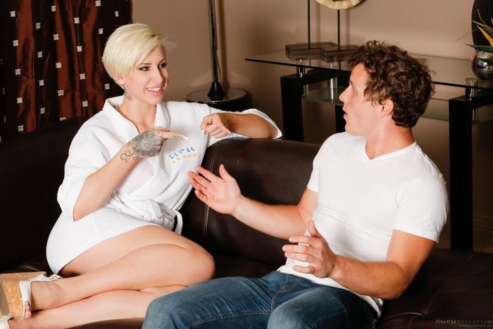 Dylan Phoenix, Robby Echo - She Babysat Me - Fantasy Massage