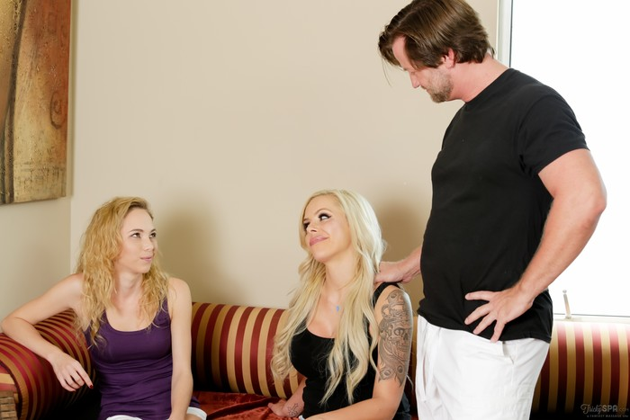 Nina Elle, Angel Smalls - Fooling The Family: Part Three
