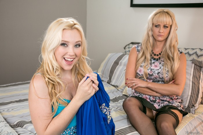 Samantha Rone, Holly Heart - Prom Night Pointers - Girlsway