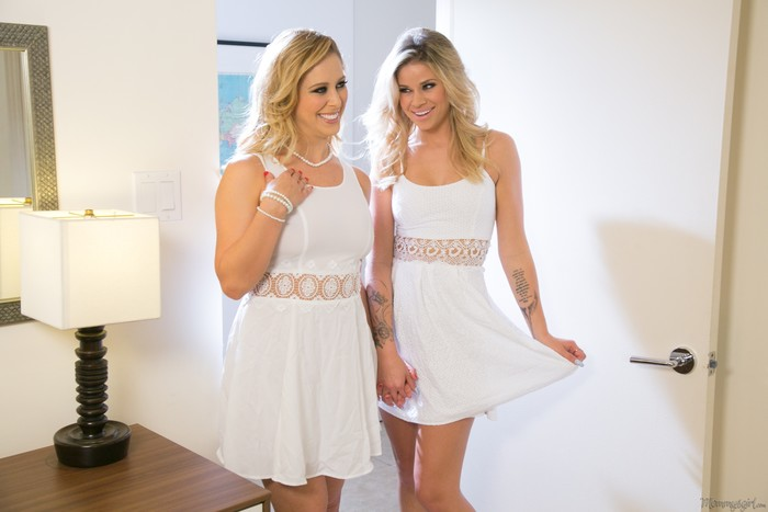 Cherie DeVille, Jessa Rhodes - The Runaway: Part Two